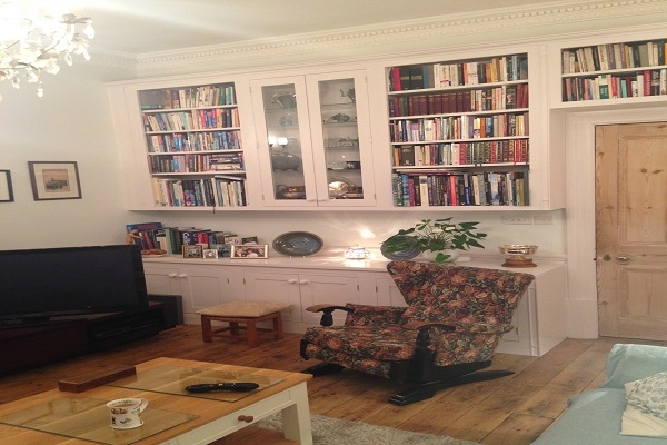 Petersfield Carpenters - Bookcases 6