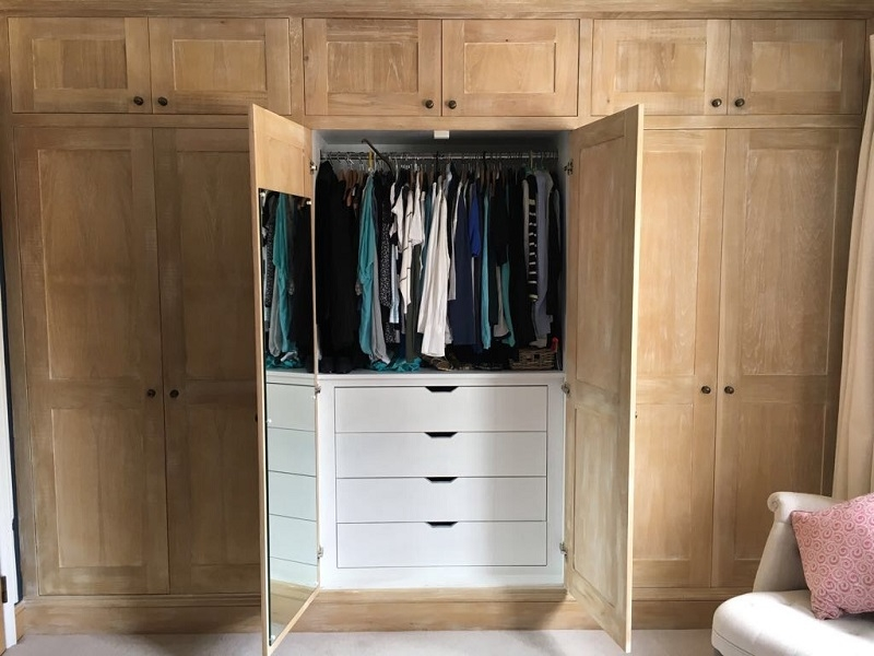 Petersfield Carpenters - Wardrobes